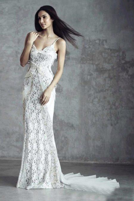 Свадебное платье кружевное на бретелях