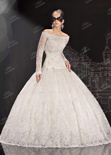 Свадебное платье из коллекции 2013 от To Be Bride
