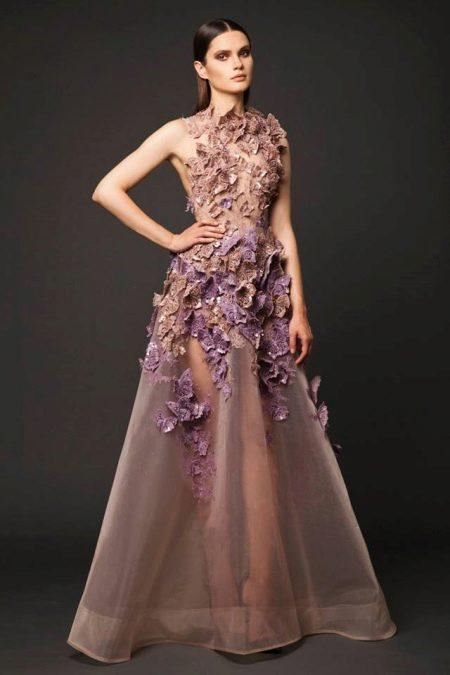 Вечернее пышное платье откровенное