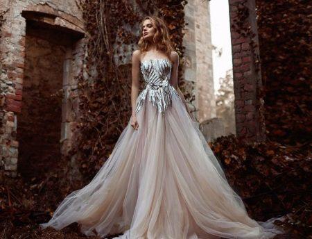 Вечернее платье а-силуэта 2016