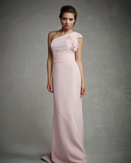 Вечернее платье на одно плечо на выпускной