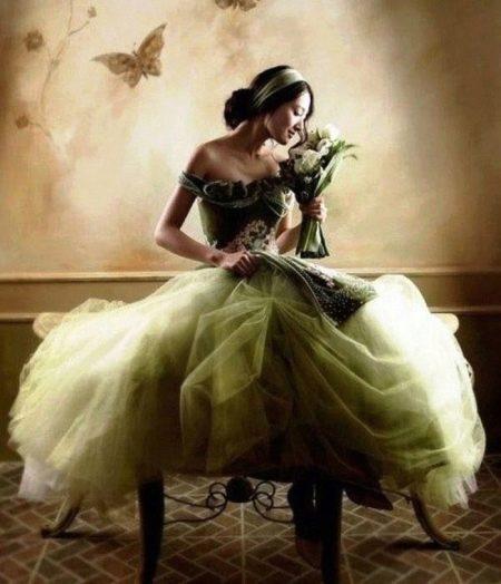 Зеленые свадебные платья: особенности цвета, сочетание с белым (30 фото)