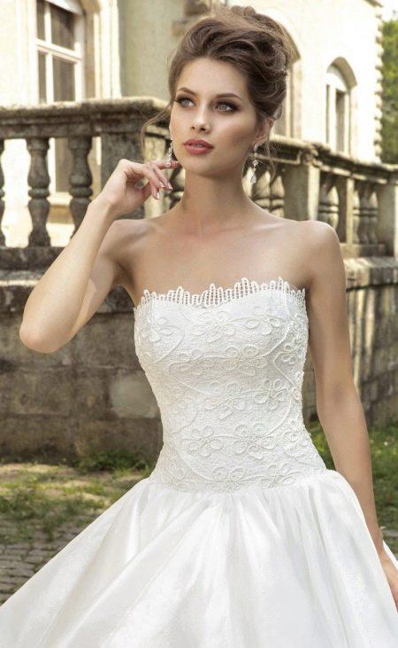 Свадебное платье с корсетом  от Армонии