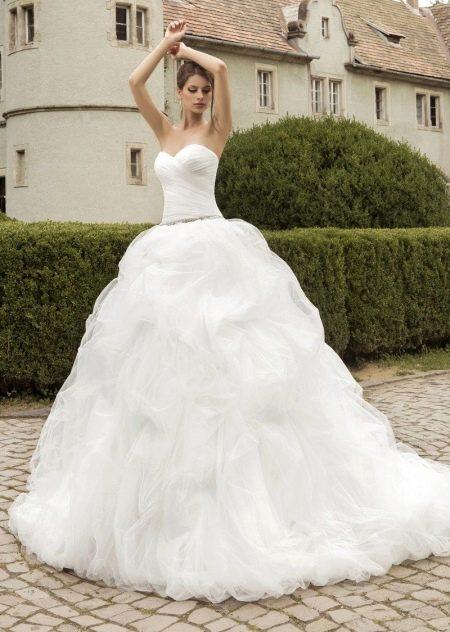 Пышное свадебное платье от Армонии