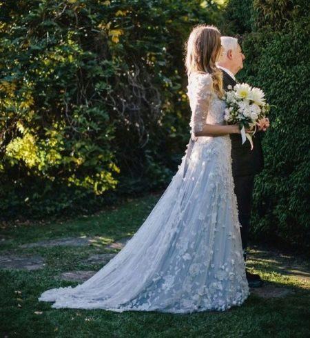 Голубое свадебное платье светлых тонов