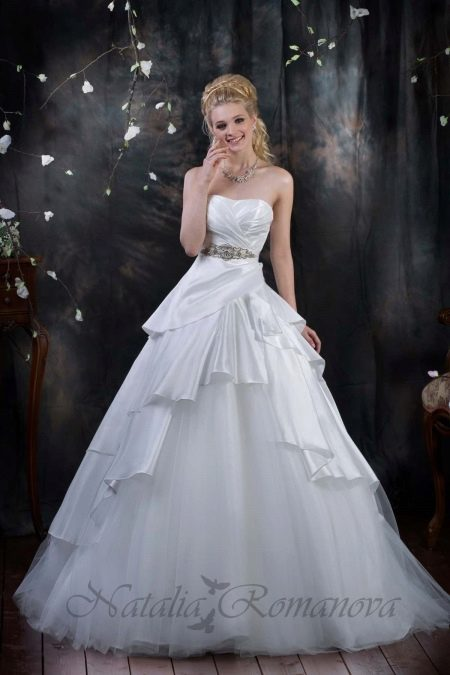 Свадебное платье в стиле принцесса от Романовой