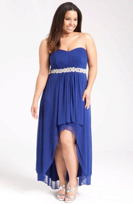 Вечернее платье с асимметрией