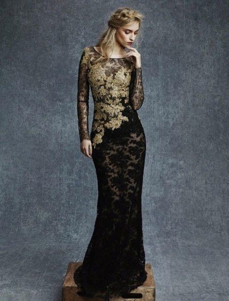 Кружевное вечернее платье с золотом
