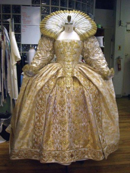Старинные свадебные платья: особенности и старинный стиль (32 фото)
