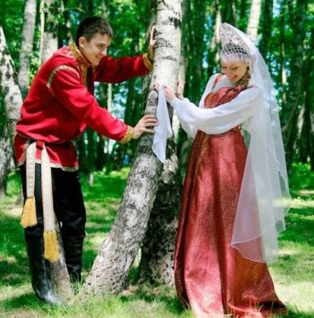 Красный свадебный сарафан