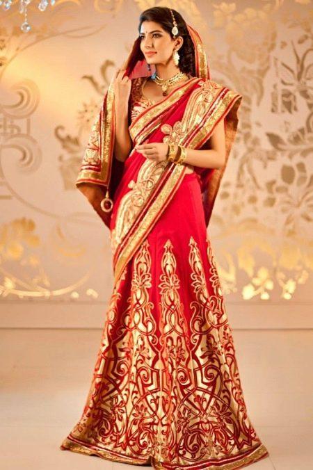 Свадебное красное сари