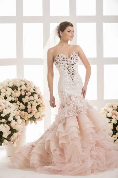Свадебное платье с фатой от Василькова
