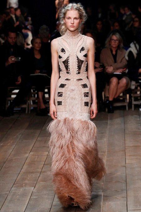 Вечернее платье от Александра Макквина
