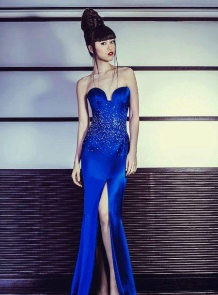 Синее шелковое вечернее платье