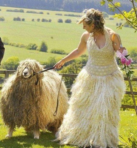 Вязанное свадебное платье из шерсти