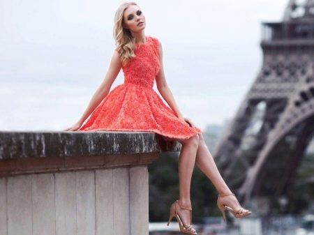 Красное платье короткое из кружева