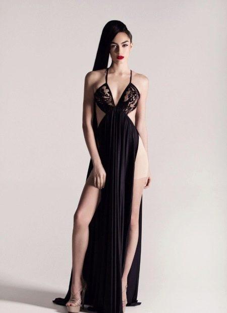 Вечернее откровенное платье с красной дорожки