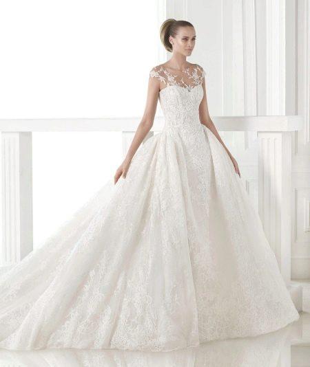 Пышное свадебное платье от Проновиас