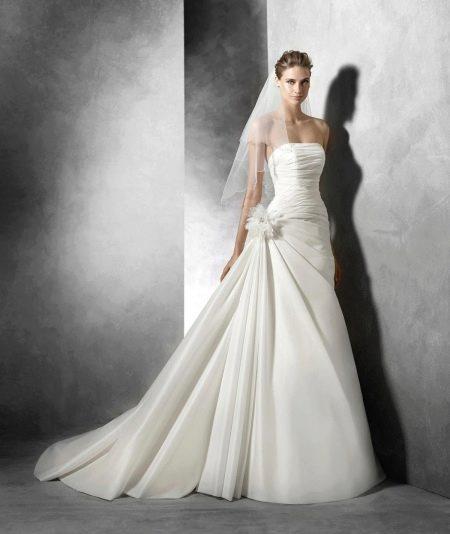 Свадебное платье из коллекции 2016 от Пронвиас