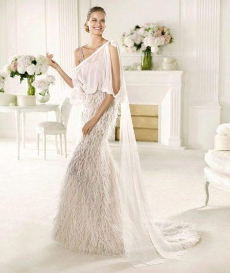 Свадебное платье с бахрамой