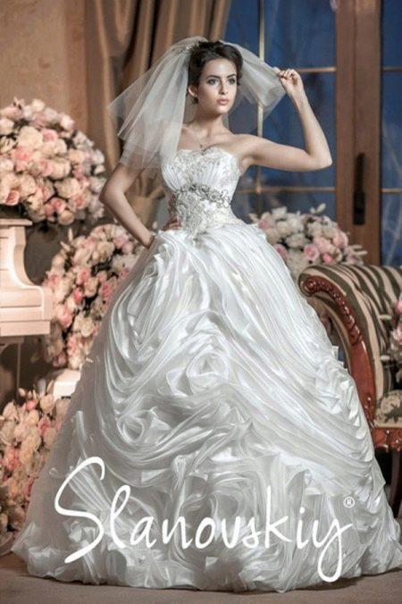 пышное свадебное платье отСлановски