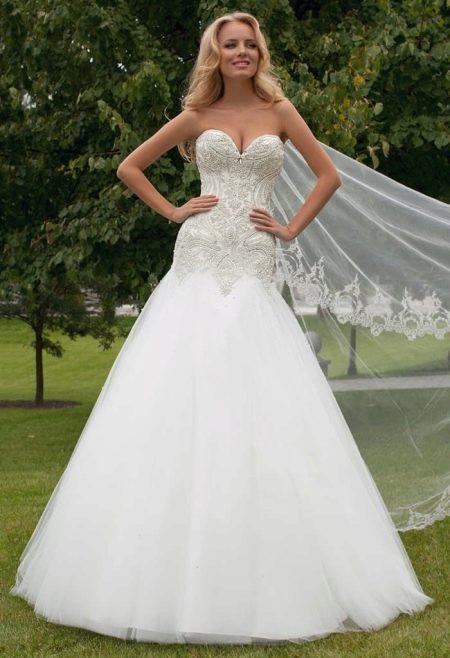 Свадебное платье русалка расшитое сттразами