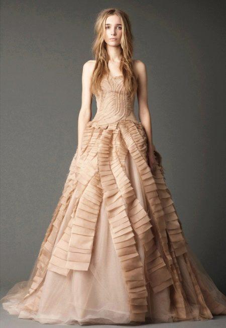 Свадебное платье от Веры Вонг из коллекции 2012 а-силуэта