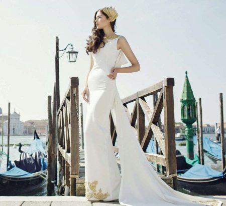 Белое свадебное платье с золотом