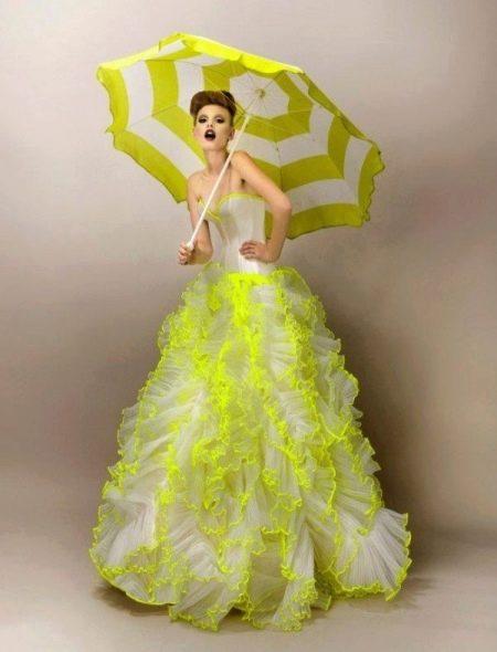 Свадебное платье белое с желтым