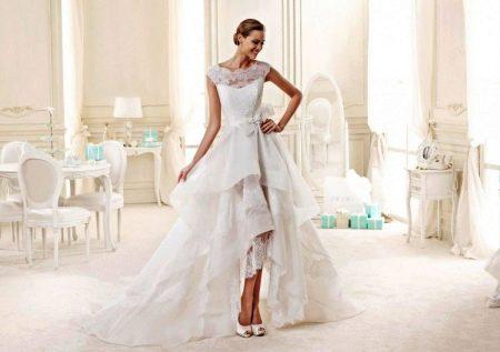 Свадебное платье симметричное со шлейфом