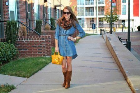 Короткое платье рубашка из джинса