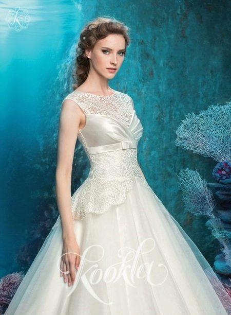 Свадебное платье из кружева, шелка и фатина