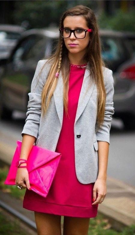 Платье цвета фуксии в сочетание с серым