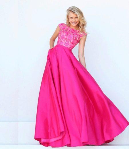 Сочетание платья цвета фуксии