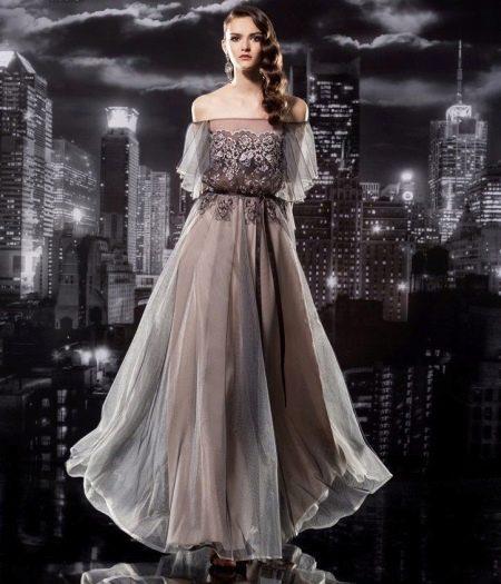 шифоновое платье с объемными рукавами