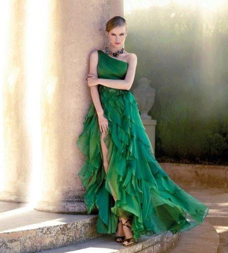 Зеленое платье из шифона
