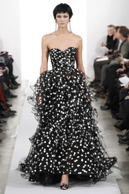 Шифоновое платье в горошек от Оскара де ла Рента