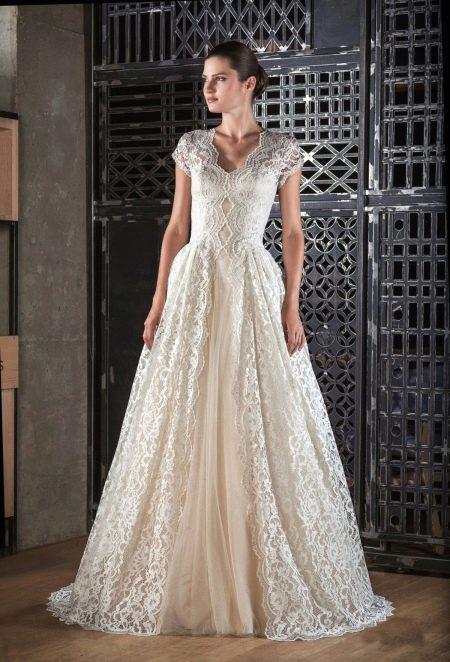 Свадебное платье от Тани Григ айвори
