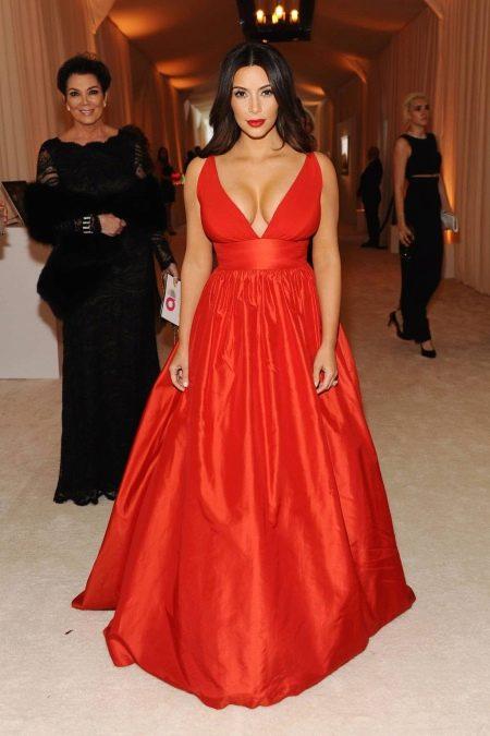 Вечернее платье Ким Кардашьян