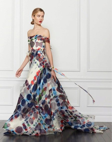 Цветное платье от Каролины Хереры
