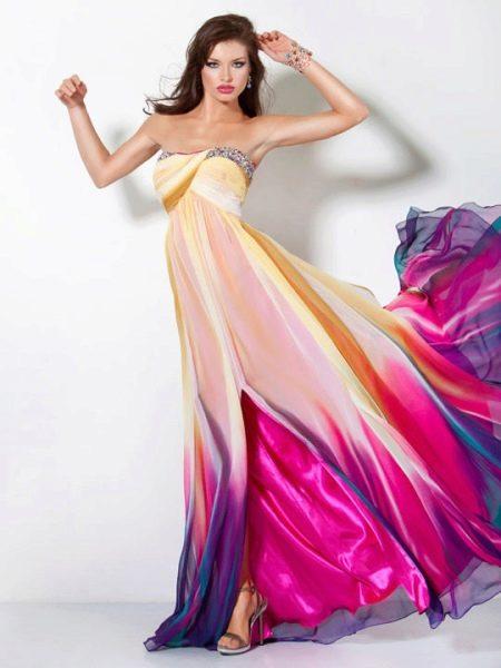 Цветное платье длинное