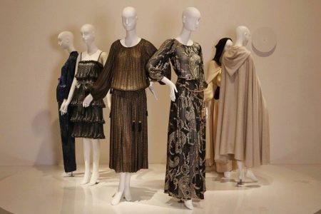 коллекция платье коричневого цвета Ив Сен-Лорана