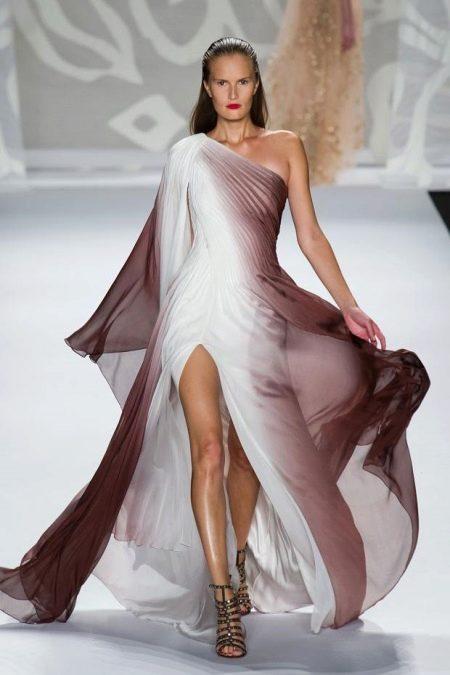 Бело-коричневое платье
