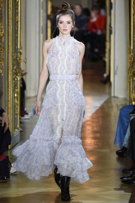 Кружевное платье от Ульяны Сергеенко