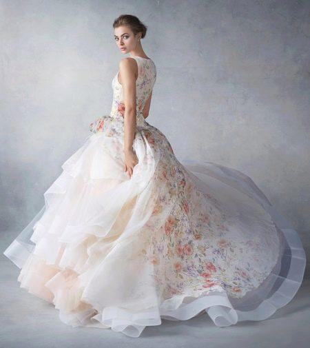 Пышное платье из органзы