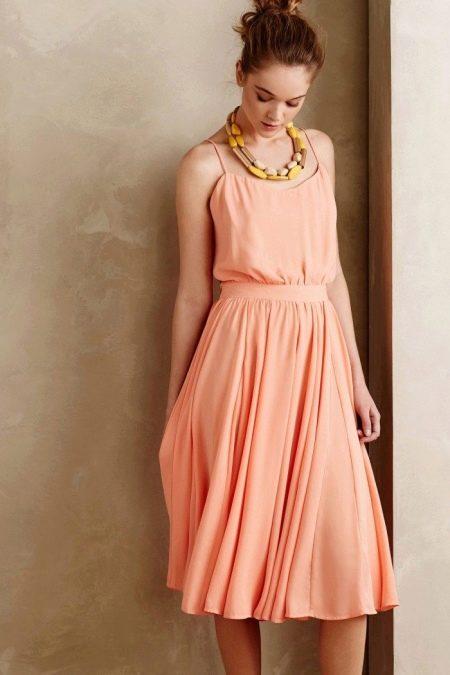 Платье персиковое для девочек