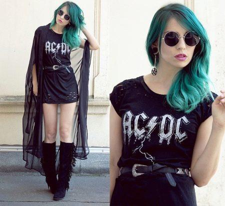 Платье с символикой рок группы