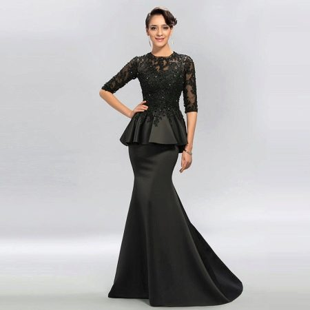 Черное вечернее платье в пол с баской