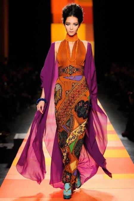 Платье в восточном стиле от Жан Поль Готье