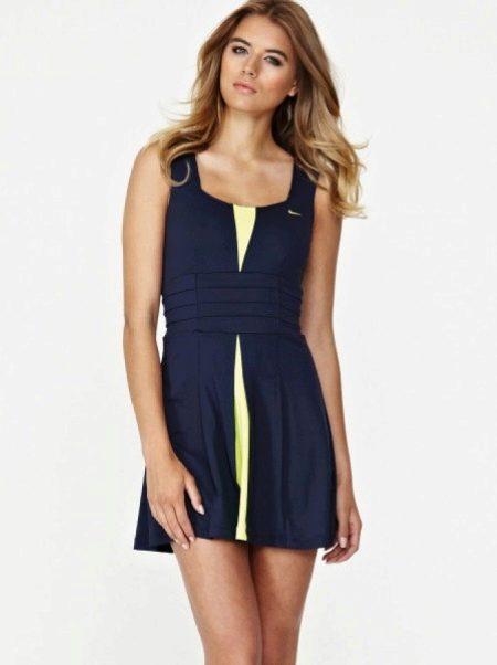 Спортивное платье от Найк синее